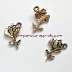 Breloque rose en métal argenté pour bijoux perles et apprêts