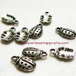 Breloque coccinelle en métal argenté pour bijoux perles et apprêts