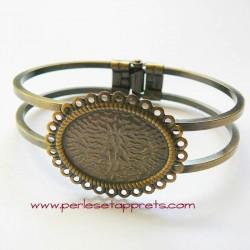 Bracelet rigide en laiton cabochon ovale