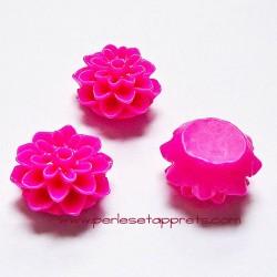 Cabochon résine dahlia rose fuchsia 15mm pour bijoux, perles et apprêts
