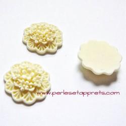 Cabochon résine bouquet de fleurs ivoire 20mm pour bijoux, perles et apprêts