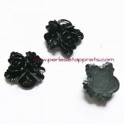 Cabochon résine triple fleur noire 16mm pour bijoux, perles et apprêts