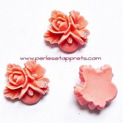 Cabochon résine triple fleur rose 16mm pour bijoux, perles et apprêts