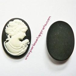 Cabochon résine camée noir 24mm pour bijoux, perles et apprêts