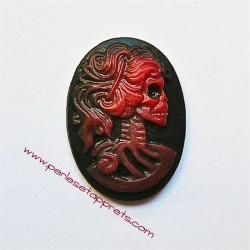 Cabochon résine camée squelette rouge 24mm pour bijoux, perles et apprêts