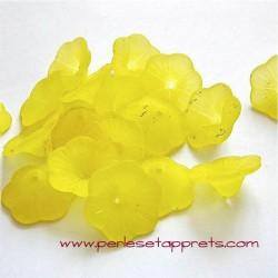 Fleur acrylique jaune 20mm pour bijoux, perles et apprêts