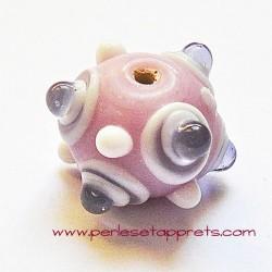 Perle ronde picot en verre mauve rose 17mm