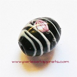 Perle ovale en verre noir 18mm