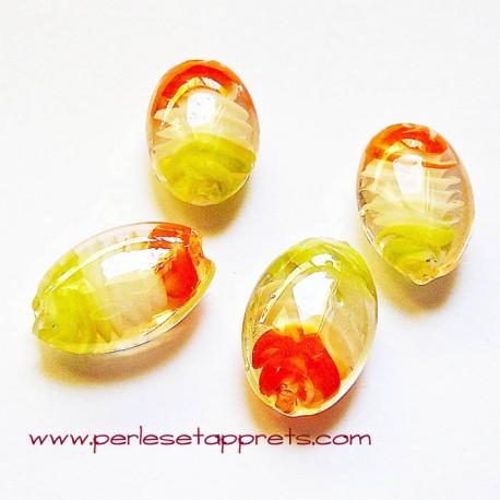 Perle ovale en verre vert orange 25mm