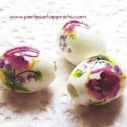 Perle ovale céramique blanche fleur rose 16mm