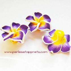 Perle fleur en fimo violet jaune 32mm