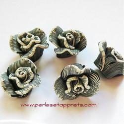 Perle fleur en fimo noire 22mm
