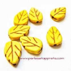 Perle feuille howlite jaune 13mm, pour bijoux, perles et apprêts