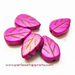 Perle feuille howlite rose fuchsia 13mm, pour bijoux, perles et apprêts